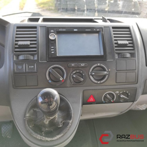 VW T-5, 2004г  2.5tdi ,кпп 6ступ, пробег 311 тыс км, пассажир, с кондиционером, длинная база.